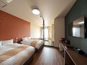 和モダンな和洋室120cm×200㎝(サータ社製)2台6畳和室部屋から瀬戸内海・宮島が見えます