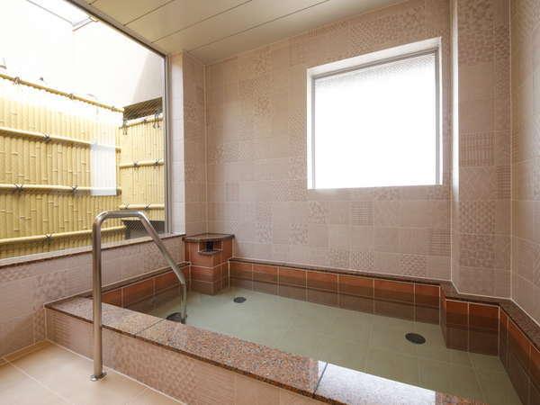 【大浴場 楓の湯(女湯)】大浴場で一日の疲れをお癒しください。