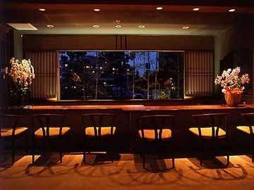 ≪館内写真≫…ラウンジ/大きな窓から琵琶湖を見ながらのんびりお寛ぎ頂けます。