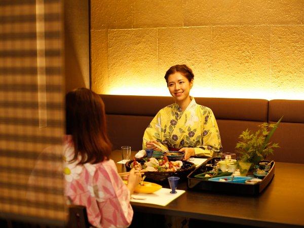 ~半個室食事処『NAGOMI』~ 夕食時間には二人だけの空間を演出し会話もはずみますね♪