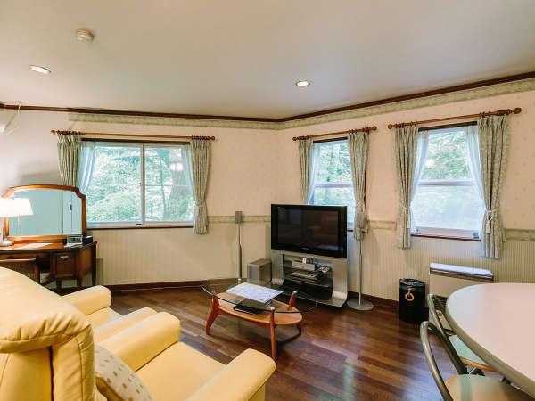 全室40㎡以上。清潔で広々とした客室一例。静かでゆっくりとくつろげるお部屋です。