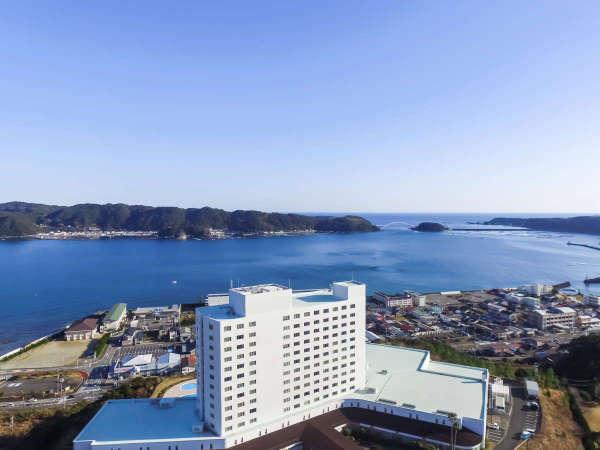 【高台から太平洋を望む眺望抜群の景観】本州最南端の地(串本町)でお寛ぎの時間をお過ごしください。