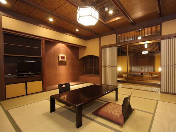 ゆっくりと癒しの時をお楽しみ頂ける天然露天風呂付和室(10畳)