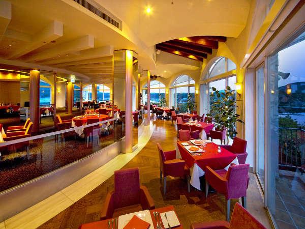 フレンチレストラン【アッシュ・ドール】英虞湾が一望できるプライムのメインダイニング