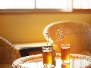 お風呂で温まった身体には冷た~い麦茶を