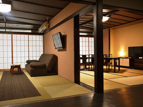 「和+洋モダンスイートルーム」:和室10畳、洋室10畳(シモンズ社製セミダブルベッド2台)