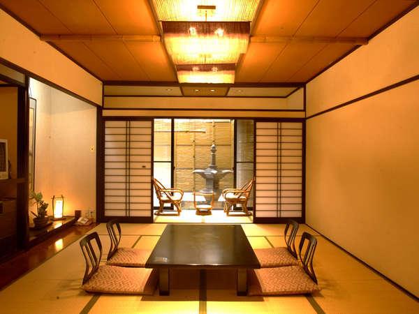 広々とした和室10+4畳/グループにお薦めの大部屋タイプ(バス無・写真は一例)
