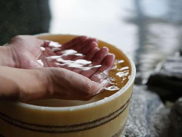 日帰り入浴も可。湯治効果もあると、地元のお客様にも大人気です。