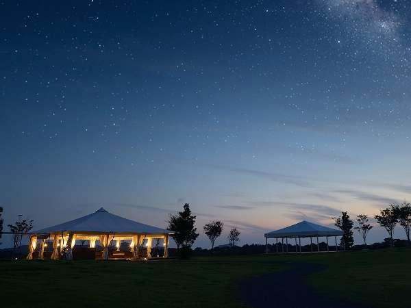 【てふてふの丘:星空】「NIKKEIプラス1」「空気が澄む秋に訪れたい、星降る宿」ランキングで8位!