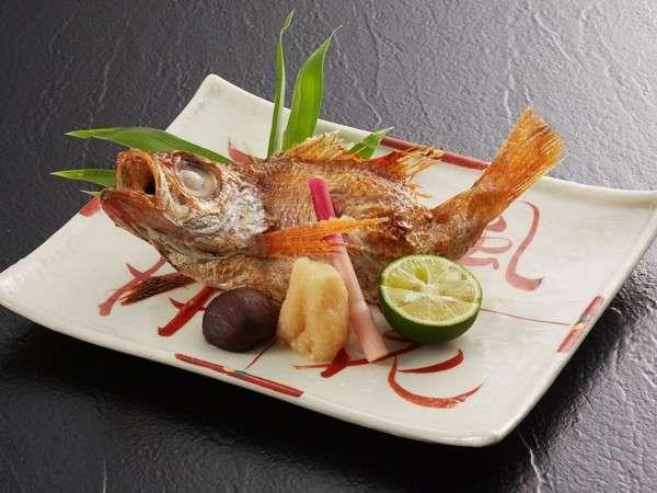 ■料理■高級魚としても名高いのどぐろの一本焼き