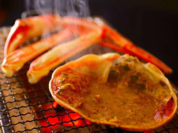 ■焼き蟹■炭火で熱々♪かにの旨みが凝縮されて『濃厚絶品!!』