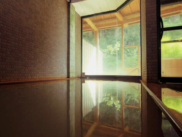 ◆美しい風景を眺めながら入る温泉は、身も心も癒やされます。
