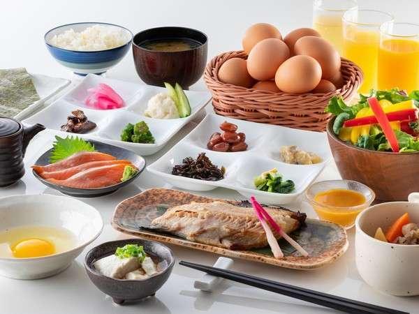 ご朝食一例:爽やかな朝は湯心亭の朝食から