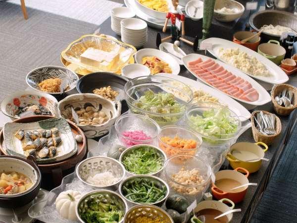 【50品目の和洋朝食バイキング】人気のホテルバイキングで爽やかな朝をお迎えください♪