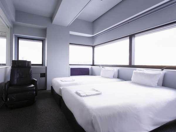 【コーナーツイン】一例 バスタブあり・ベッド 110cm×200cm×2台