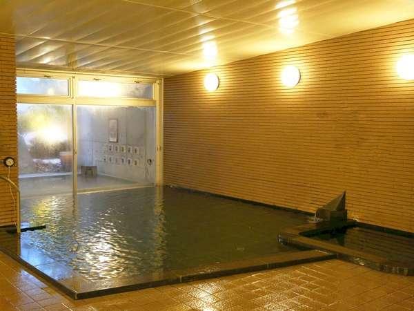 2018年2月温泉大浴場を御影石の浴槽にリニューアル!やわらかいお湯との相性もばっちりです(^.^)ぜひ!