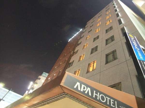 ■ホテル外観(夜間)