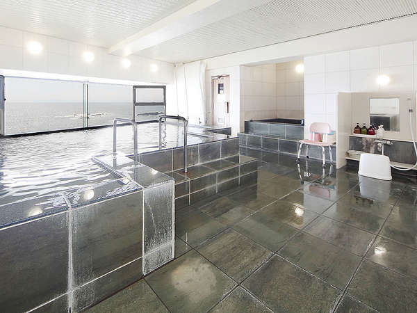 【男性展望風呂】海を眺めながらゆっくりとご入浴下さい