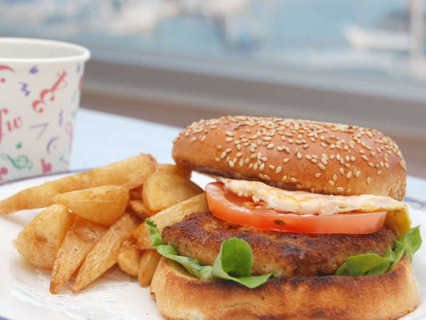 人気の葉山牛ハンバーガー(イメージ)