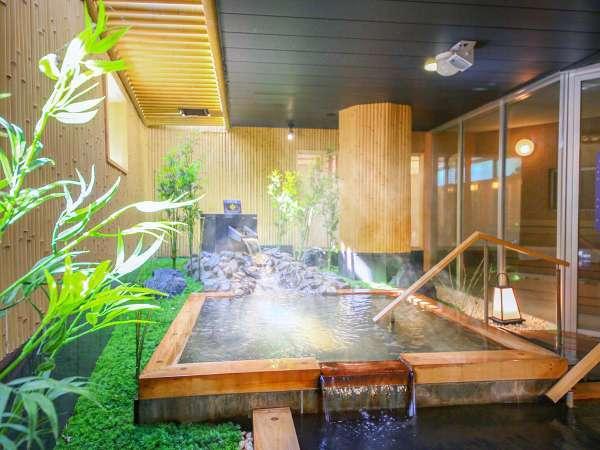 泉質は塩化物・炭酸水素塩泉で、別名「美人の湯」と言われています。