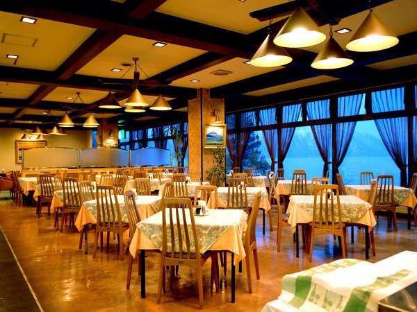 ■レストラン:朝食バイキングはこちらの会場でご用意しております。