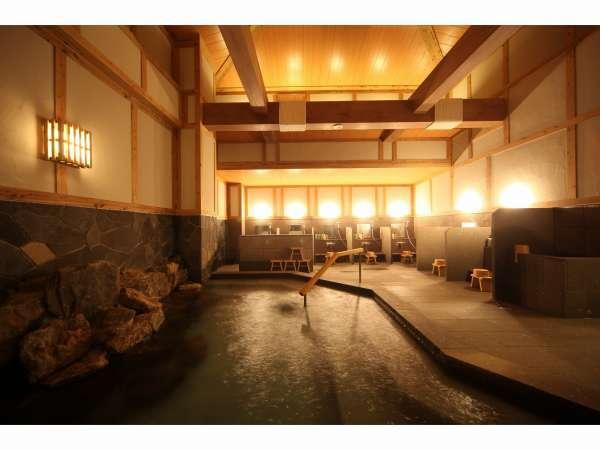 岩の湯 内風呂解放感ある吹き抜け構造で岩盤浴も完備