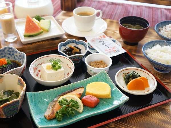 地産地消にこだわった朝食の和食メニュー