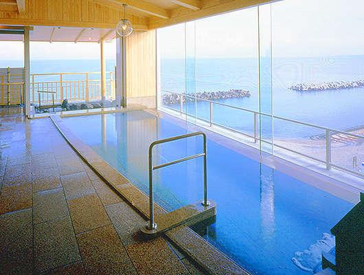 【海色・湯の宿 松月】最上階絶景海一望露天風呂や4つの貸切風呂、露天風呂付き客室の宿