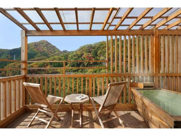 【柚の間】客室露天風呂からの眺め