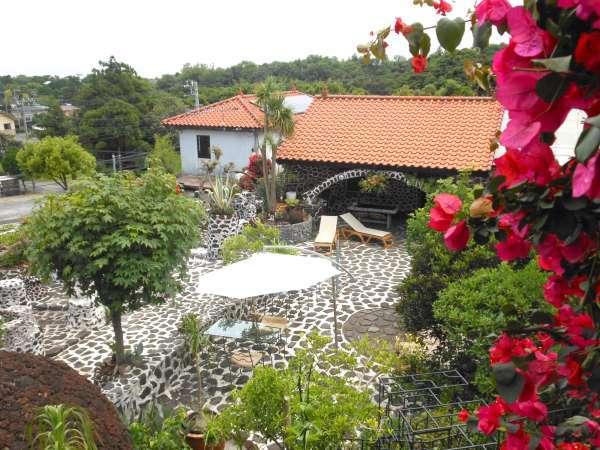 【天然温泉付き海の見える宿 J-Garden(ジェイガーデン)】ブーゲンビレア咲く地中海リゾート!全4室のプライベートコテージ