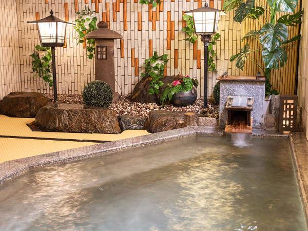 ■紅葉の湯■お年寄りからお子様まで安心の『畳敷きのお風呂』寒い時期でも温かく冷たさを感じません