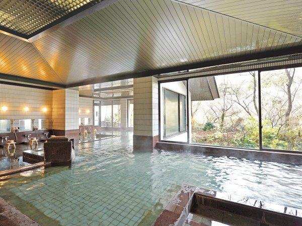 大浴場内湯 湯量豊富な温泉でリラックス!2箇所の源泉をブランドした温泉を利用。