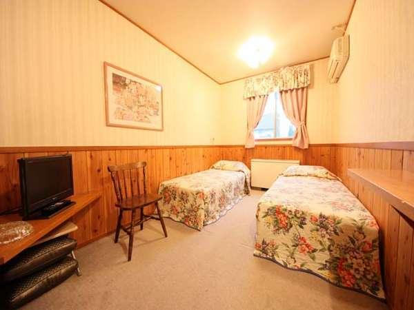 洋室:ツインルーム(客室一例)