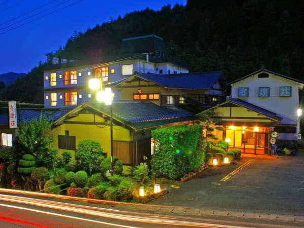 ようこそ有楽荘へ!精一杯のアットホームなおもてなしでお迎えさせて頂きます。