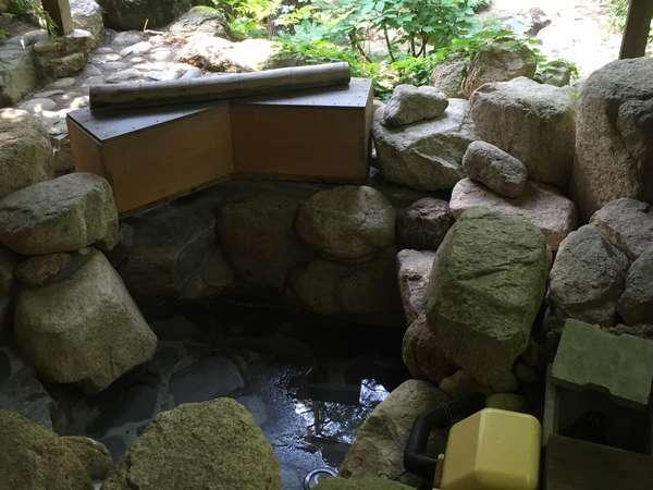 【陽天山荘】6月~あづみ野貸別荘 天然温泉 露天風呂 飾り囲炉裏 一軒貸切