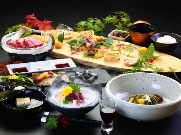 【夕食】熊本の特産を贅沢に使用した会席を用意してお待ちしています♪