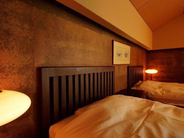 露天風呂付和洋室の一例:こちらは洋ベッドタイプです