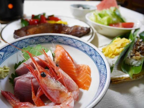 *夕食一例/新潟は魚介類も美味しいですよ♪