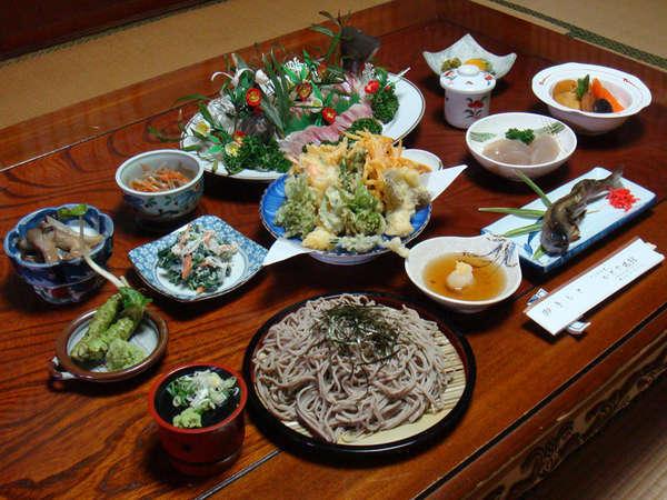*新鮮な旬の食材たっぷりのまごころを込めた手作り家庭料理(夕食一例)