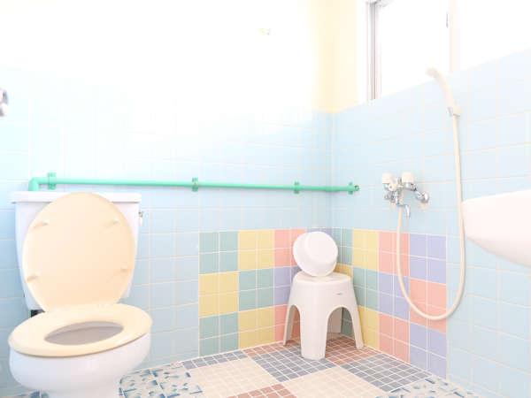 風呂とトイレは一緒です※バスタブはありません。