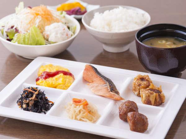 【ご朝食】バランスの取れた健康的なメニューでしっかりと食べられます♪