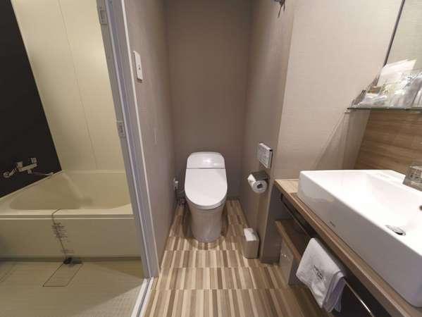 モデレート・スーペリアダブルの洗い場付お風呂と・トイレ・洗面台