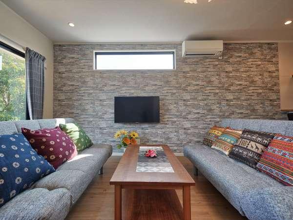 レキブ4 サンフローラル【リビングルーム】ベッドとしてもご利用いただけるソファーベッドを2台ご用意!