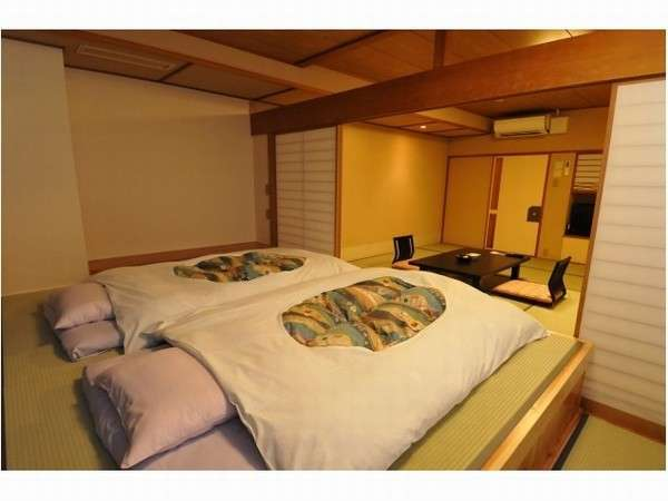 【禁煙】和室12.5畳+小上がり バス・トイレ付 瑞雲館