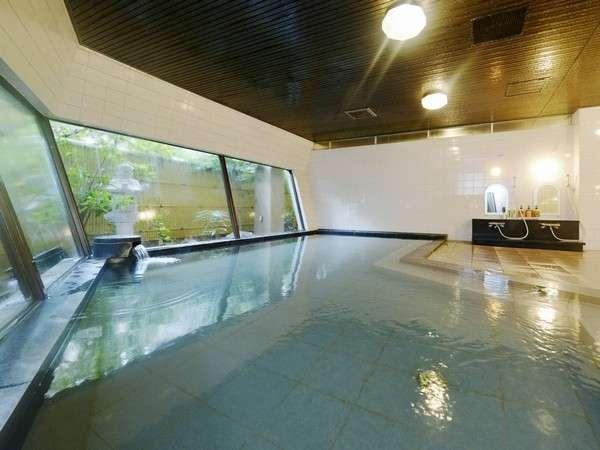 ゆっくり大浴場で湯ったりと♪ 名湯・湯免温泉でお肌ぷるるん♪