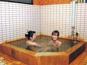 【温泉民宿山口】源泉100%かけ流し、24時間入浴OK。心も体も温まる温泉自慢の民宿