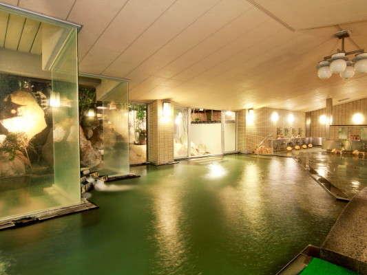 広い大浴場