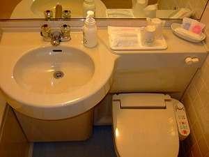 バスルームは 写真左手にバスタブがございます