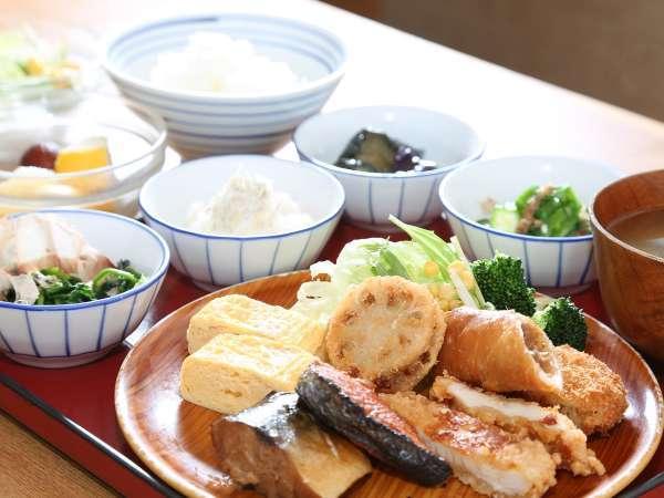 ◆朝食盛り付け一例