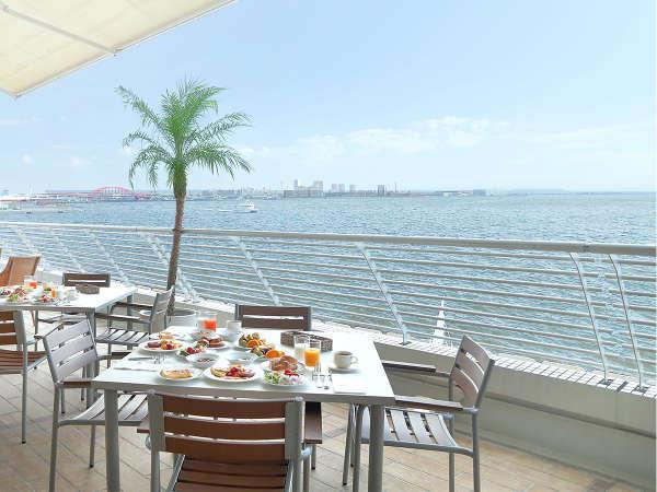 ・テラスレストラン「サンタモニカの風」期間限定バルコニー席